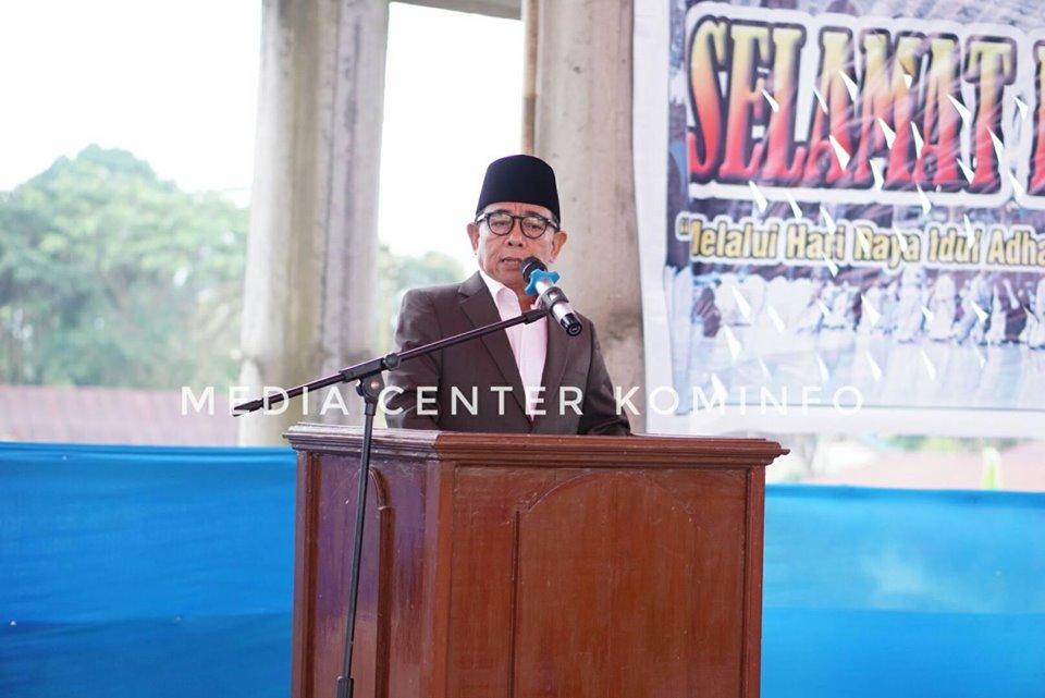 Bupati Sholat Idul Adha di Masjid Agung