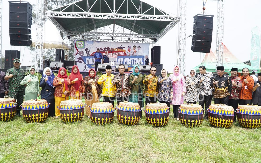 Staf Ahli Gubernur Buka Mountain Valley Festival 2019